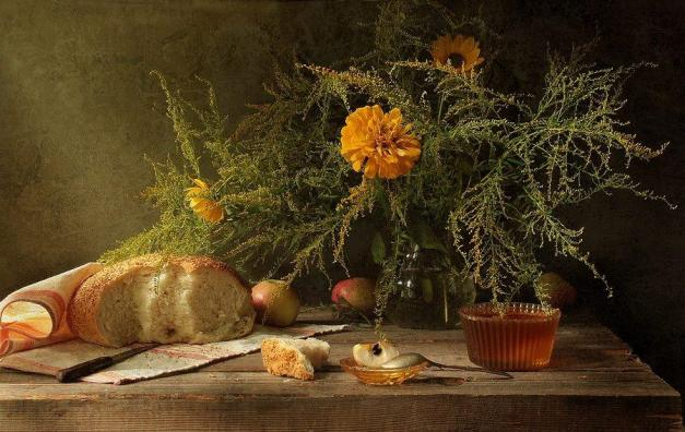Still Life by Julia Medvedev